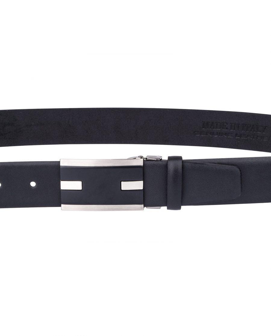 Black-Leather-Belt-for-Men-On-pants