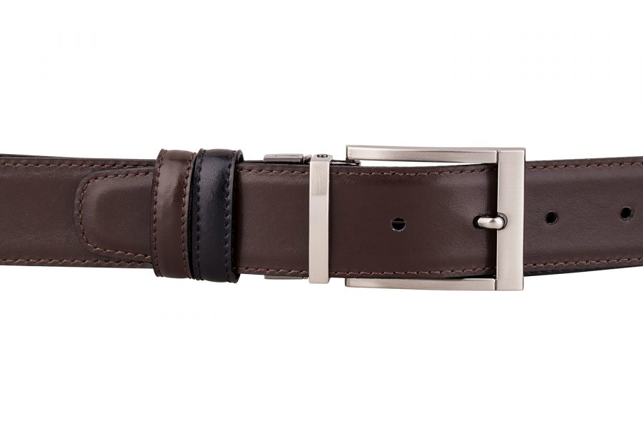 Reversible-Leather-Belt-On-trousers
