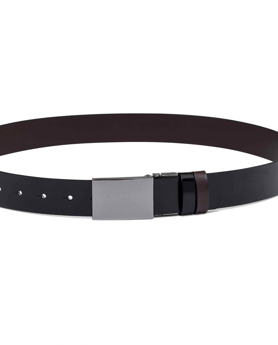 Reversible-Mens-Patent-Leather-Belt-On-trousers