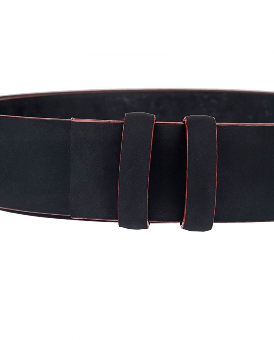 Rubber-Coated-Black-Belt-With-Red-Edges-Close