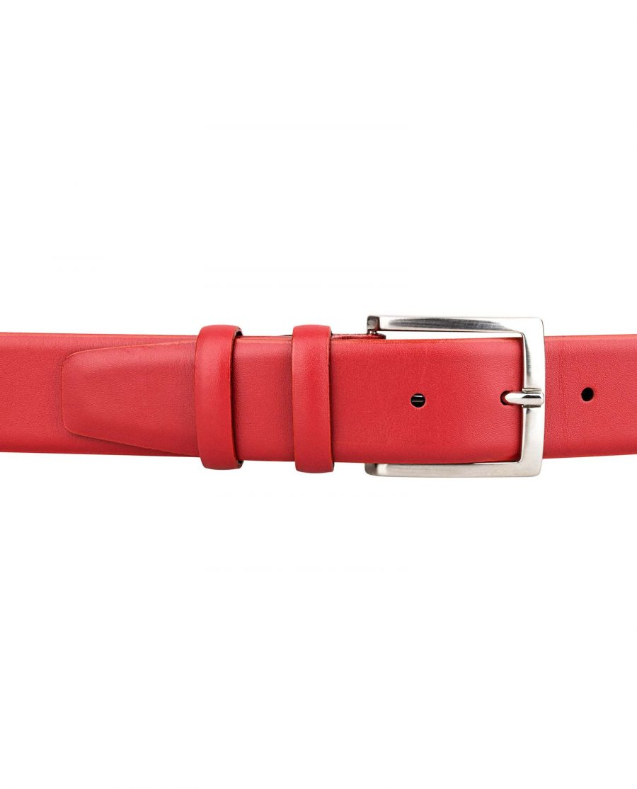 Womens-Red-Belt-On-trousers