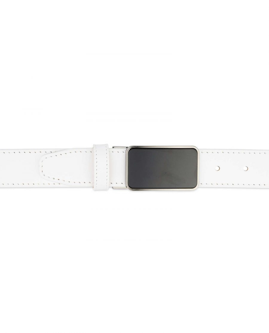 White-Leather-Belt-With-Black-Buckle-On-jeans